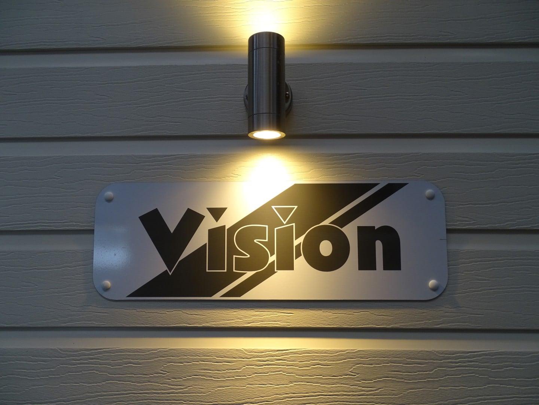 Vision16